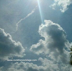 Cloud_withSunbeam_copyright_DoriStaehle